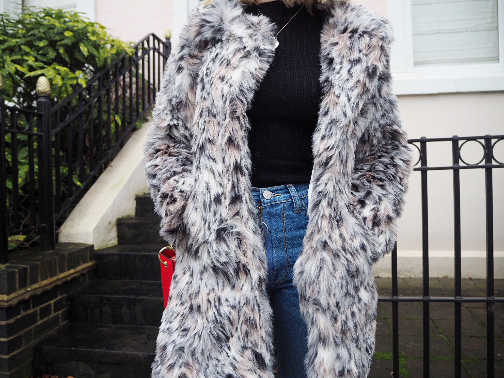 THE FUR VS FAUX FUR DEBATE